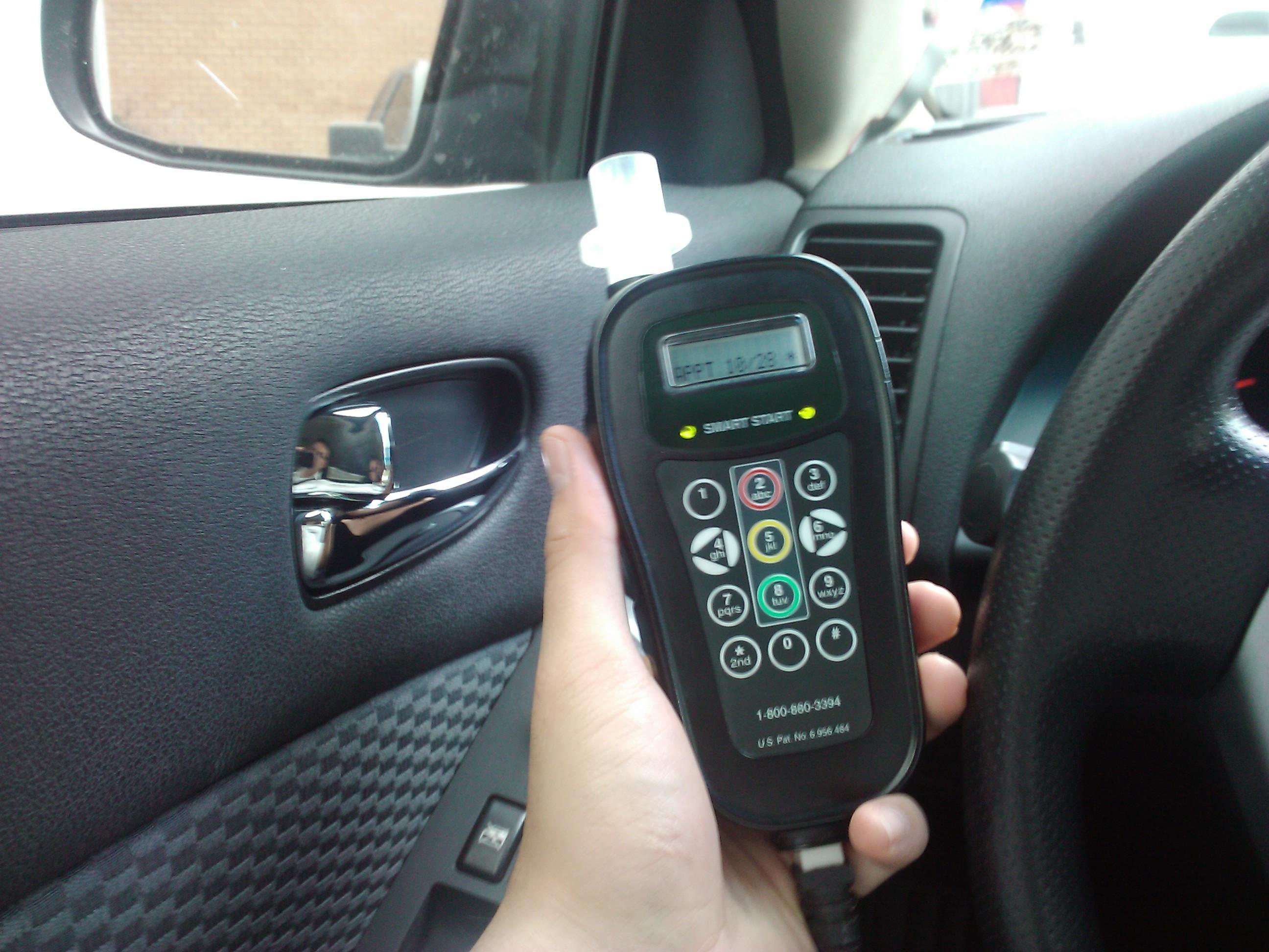 Breathalyzer For Car >> Breathalyzer In Car