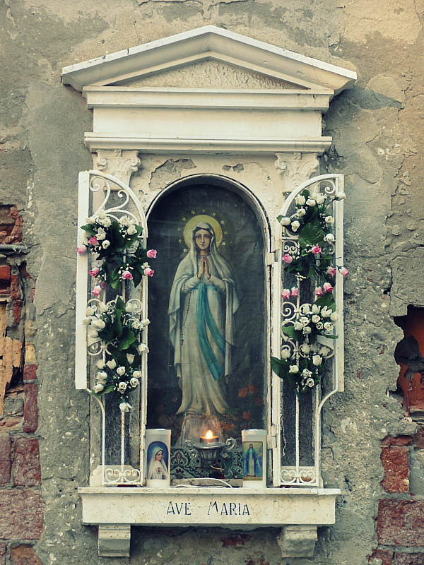 Virgin Mary in Italy