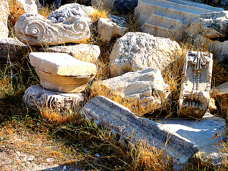 Ruins at the Acropolis in Athens, Greece!