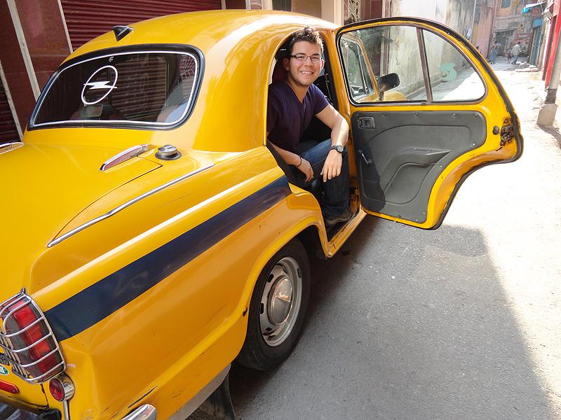 Kolkata, Taxi