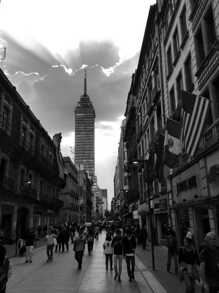 Avenida Hidalgo in Mexico City